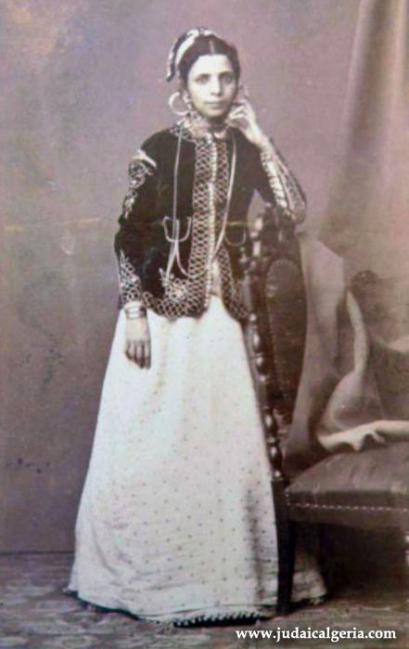 1jeune femme juive de constantine1860