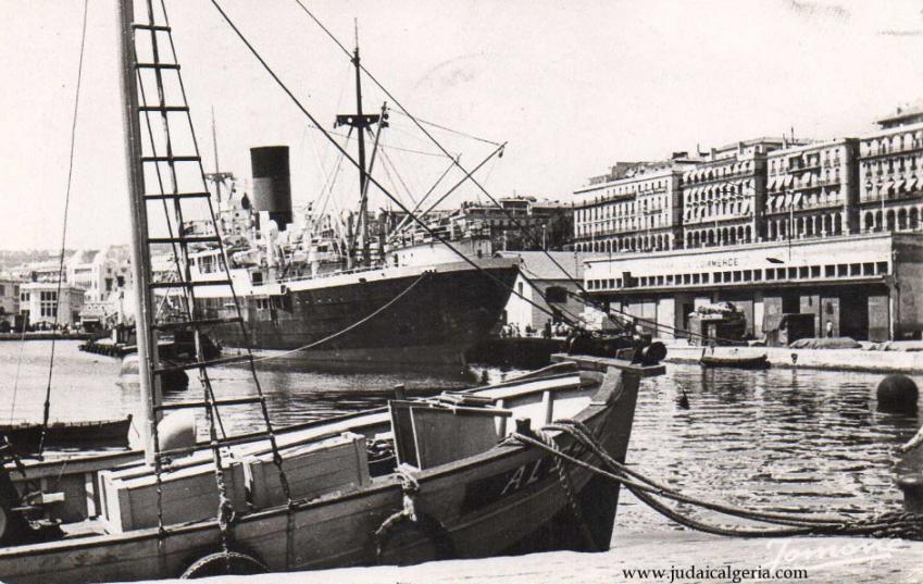 Alger 1953 paquebot le sidi ferruch accostant