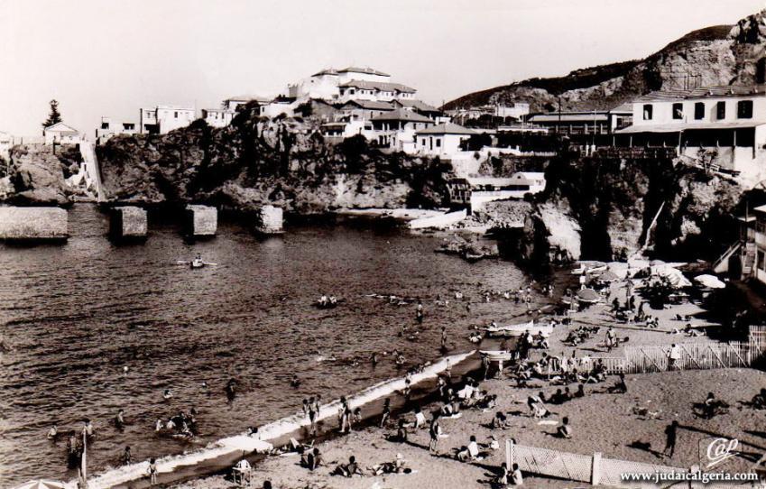 Alger 1954 plage de la pointe pescade