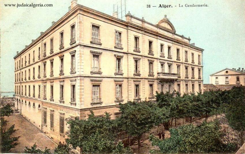 Alger la gendarmerie