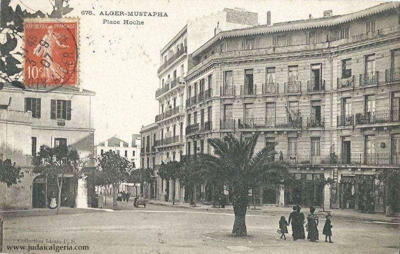 Alger place hoche 1