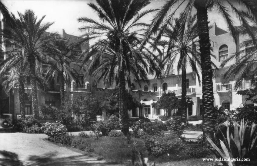 Biskra jardins hotel transatlantique