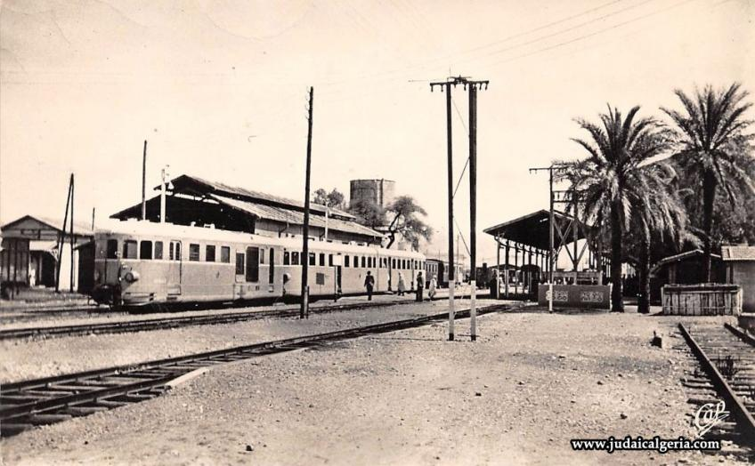Biskra train en gare