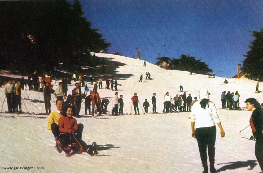 Chrea devant le ski club