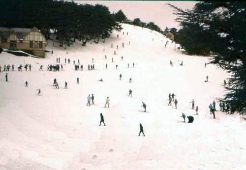 Chrea station de ski skieurs sur la piste