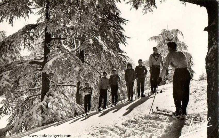 Chrea un groupe de skieurs 1