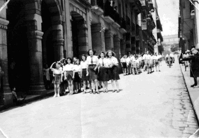 Devant le midrash le 11mai 1947