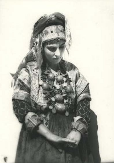 Femme berbere juive anti atlas 0