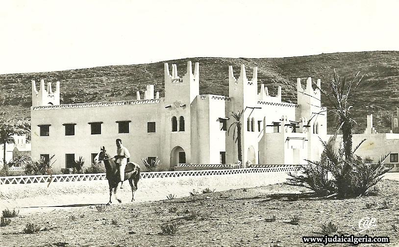 Ghardaia hotel transatlantique2