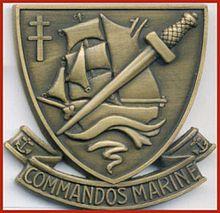 Insigne de beret de commando de marine
