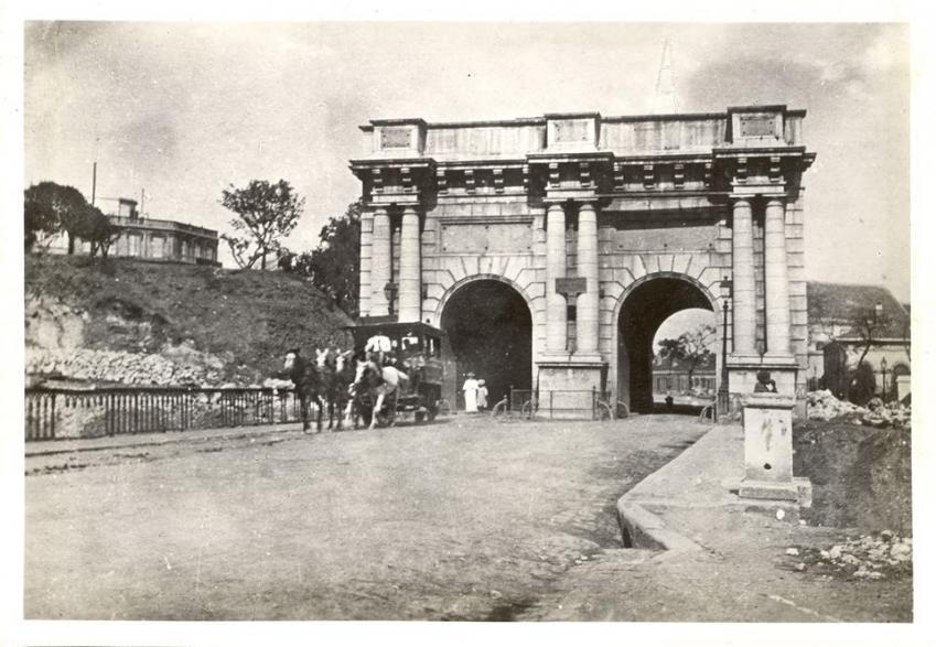 La porte d isly detruite en 1905