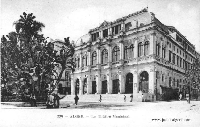 Le theatre municipal 1