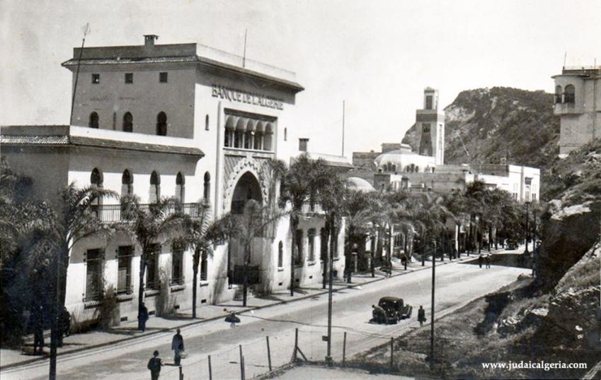 Philippeville la banque de l algerie et la mairie