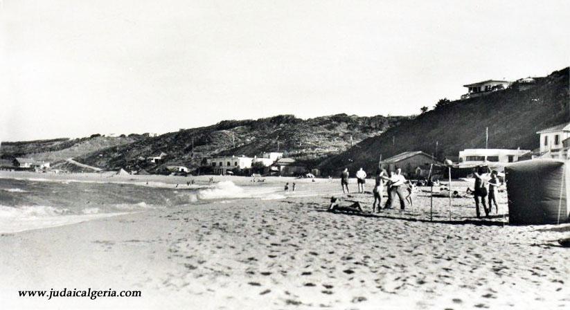 Surcouf la plage les cabanons