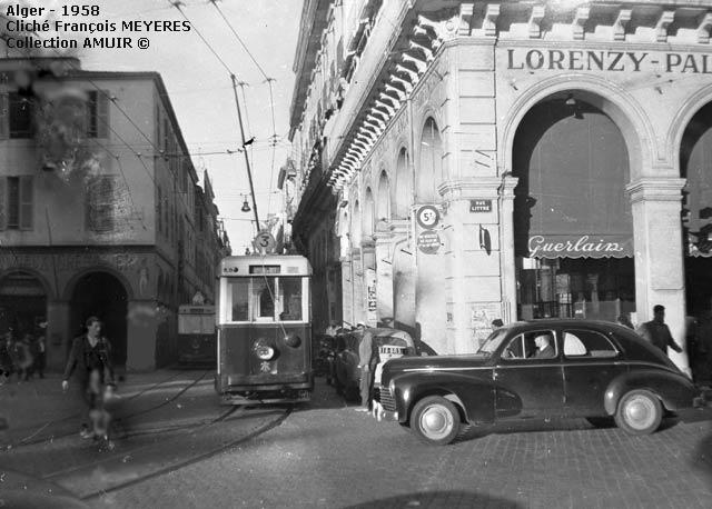 Tramway alger rue bab azoun 1958
