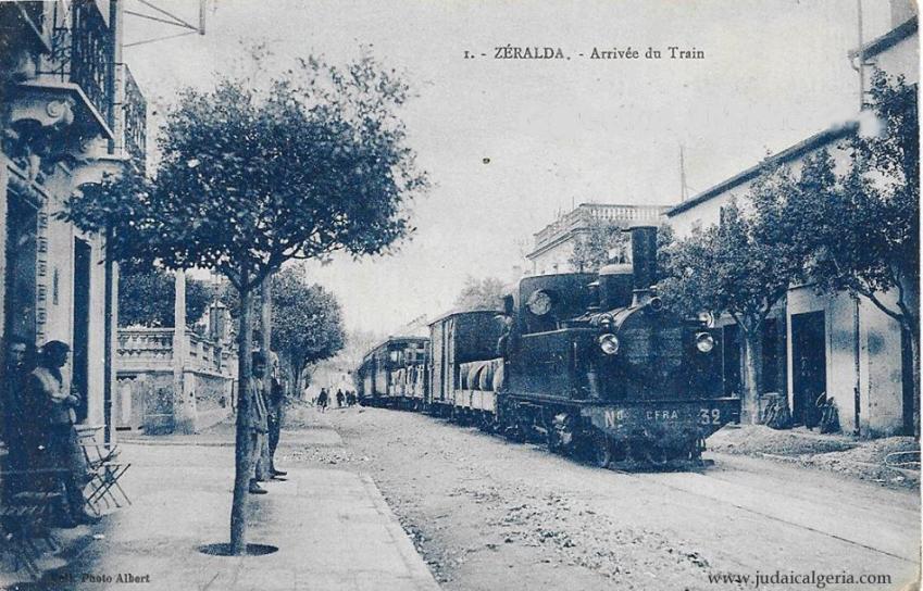 Zeralda arrivee du train d alger en pleine ville 1918