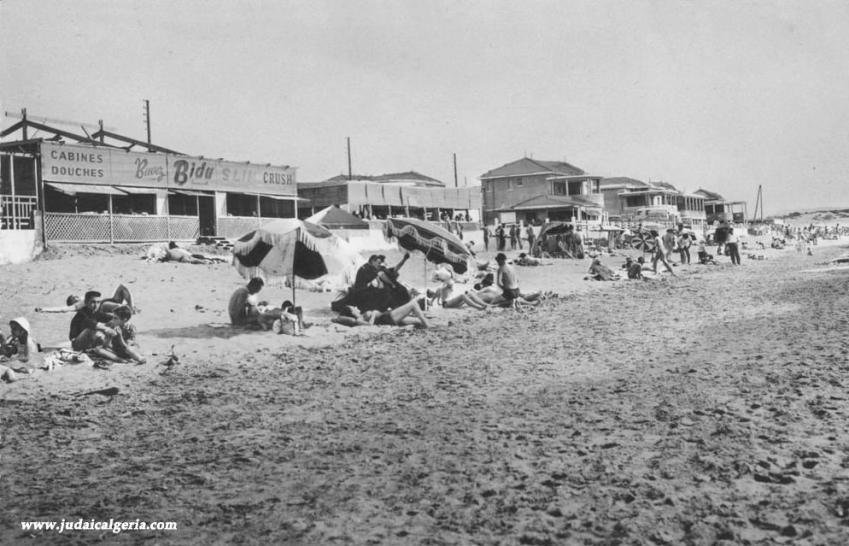 Zeralda plage et cabanons
