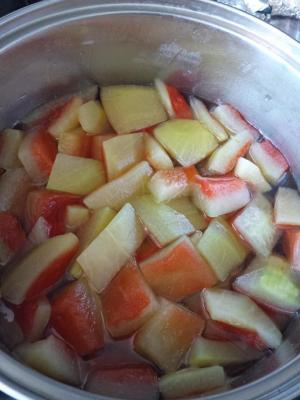 3 cuisson du fvruit dans eau sucre miel jus d orange