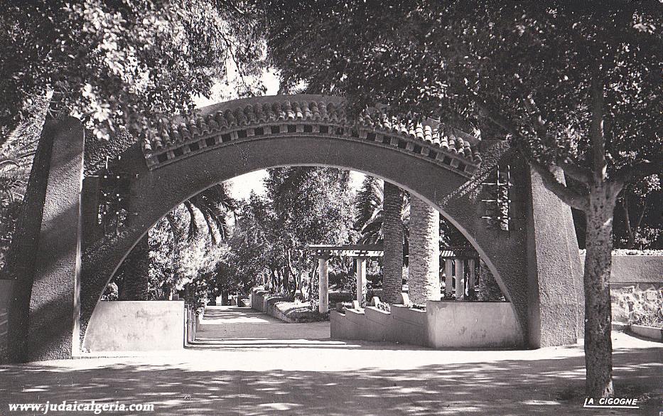 Ain temouchent entree du jardin public