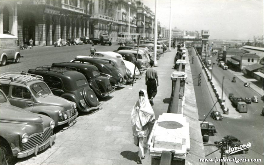 Alger boulevard de la republique et la rampe magenta