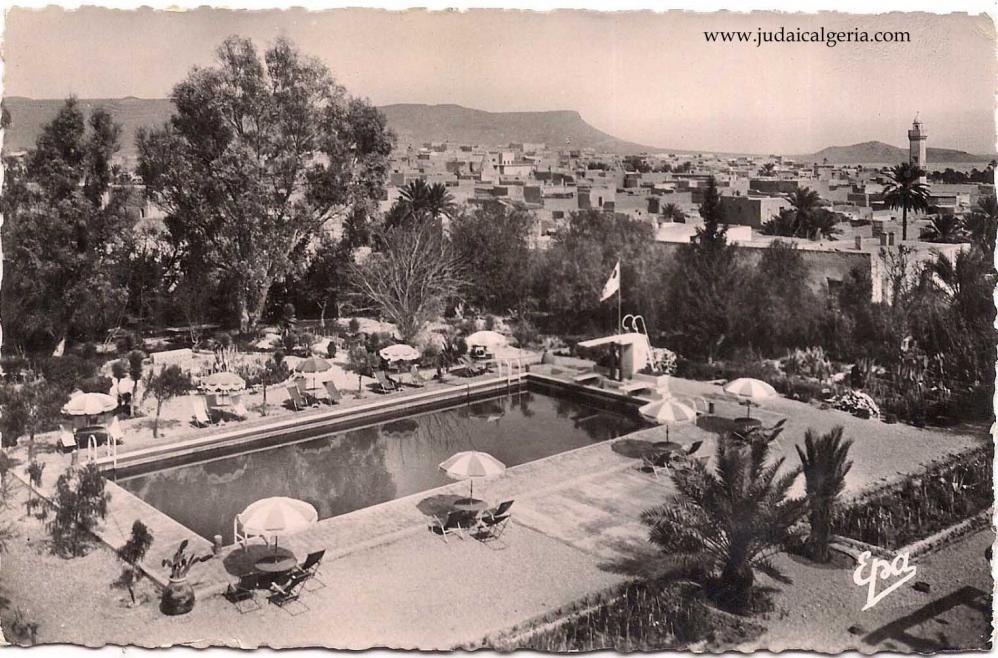 Bou saada piscine de l hotel transatlantique
