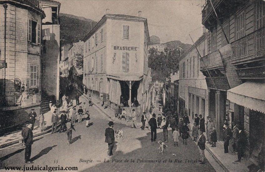 Bougie place de la poissonnerie et rue trezel