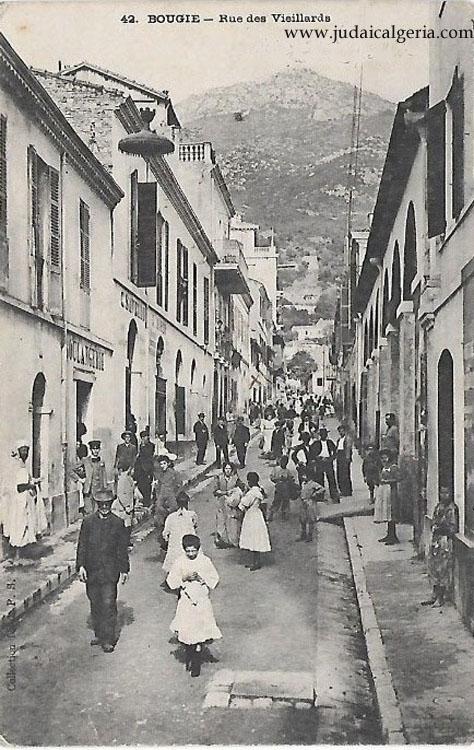 Bougie rue des vieillards