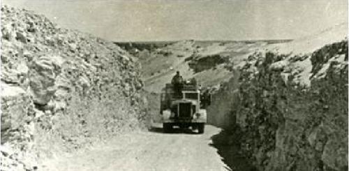 Camion mory tranversant l atlas