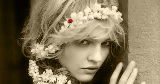 Collier de fleurs de jasmin