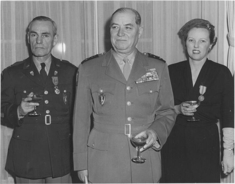 Colonel knox marechal juin mrs tuyl knox