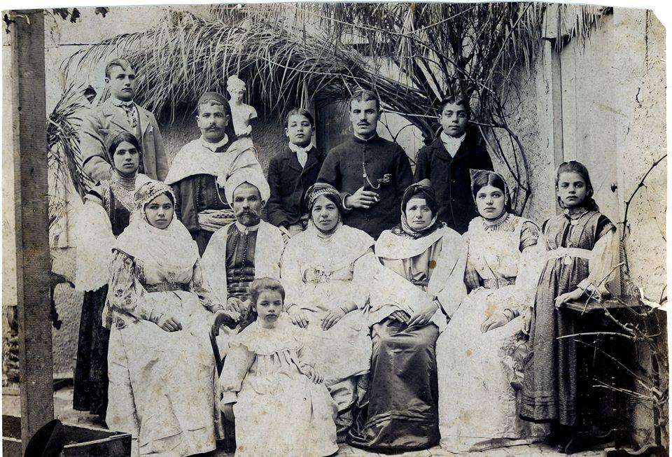 Famille juive de batna aaron elbez 19eme siecle photo de marc alimi