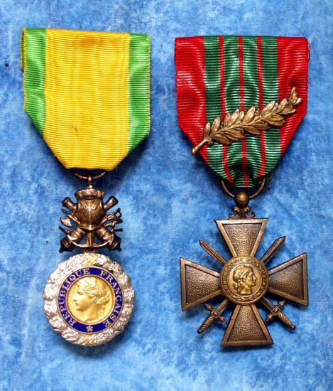 Medaille militaire et croix de guerre avec palmaccd