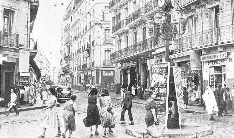 Place des trois horloges 1956