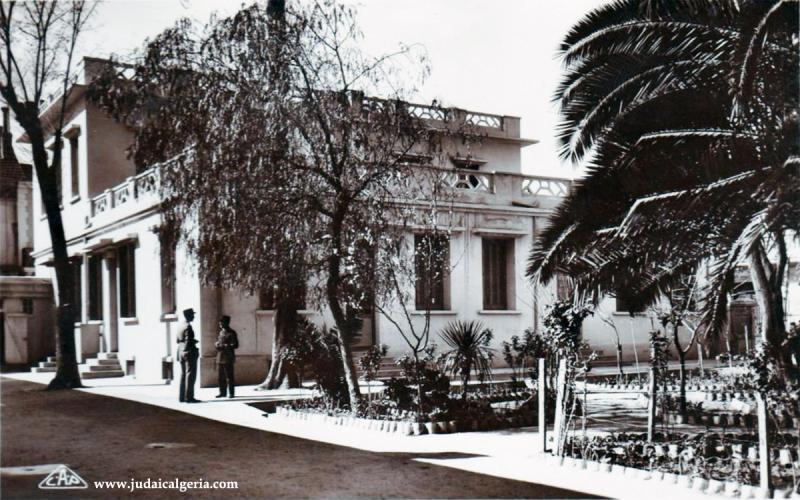 Sidi bel abbes le jardin du cercle des officiers