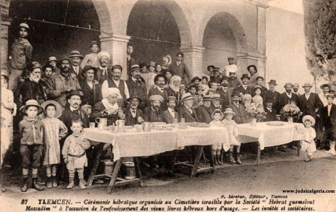 Tlemcen ceremonie juive au cimetiere