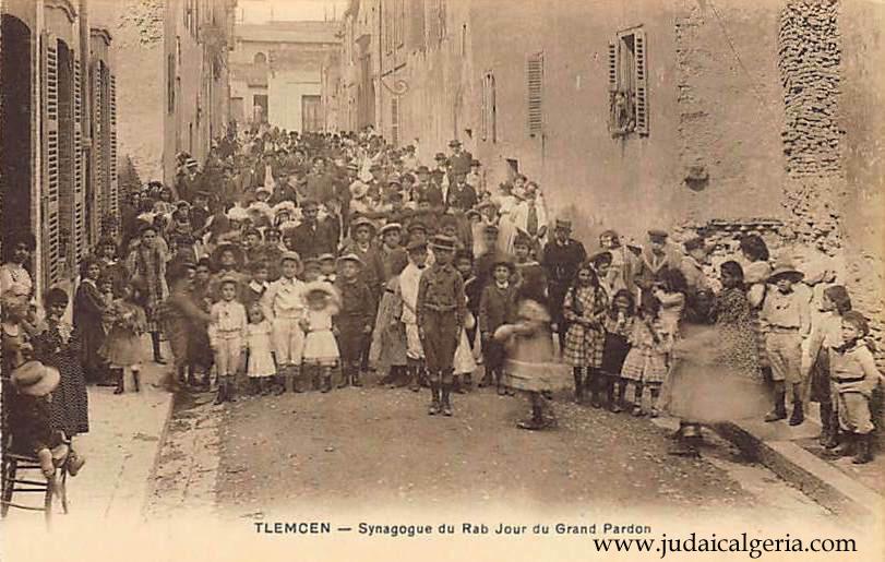 Tlemcen synagogue du rabb le jour du grand pardon
