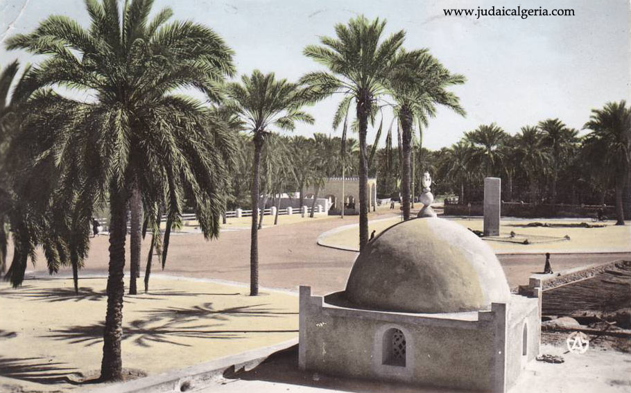 Toggourt la place citroen en 1962